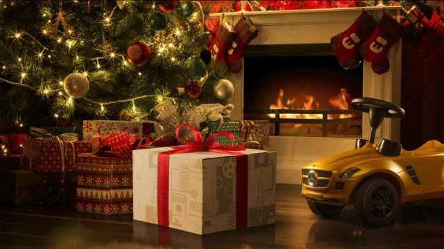 Cinemagraph Mercedes-Benz After-Sales Genuine Parts Xmas Gift Box